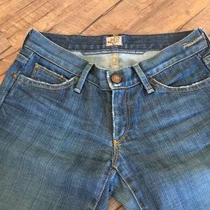Goldsign Jeans Size 25 Cut # 90 Passion